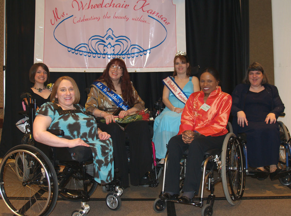 Group photo of all six MWKS titleholders